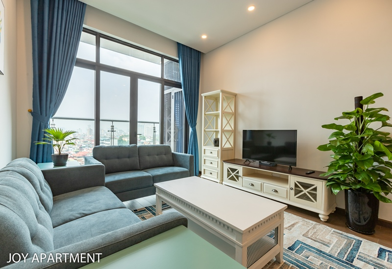 Nice apartment for rent with 02 bedrooms in Sun Grand Ancora, Luong Yen, Hai Ba Trung