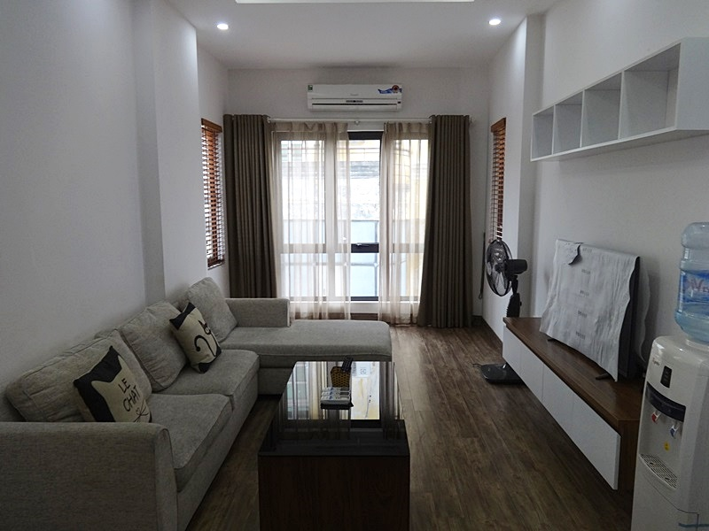 Balcony 02 bedroom apartment for rent in Nghi Tam, Tay Ho