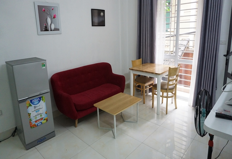 Balcony 01 bedroom apartment for rent in Nguyen Thi Dinh, Cau Giay