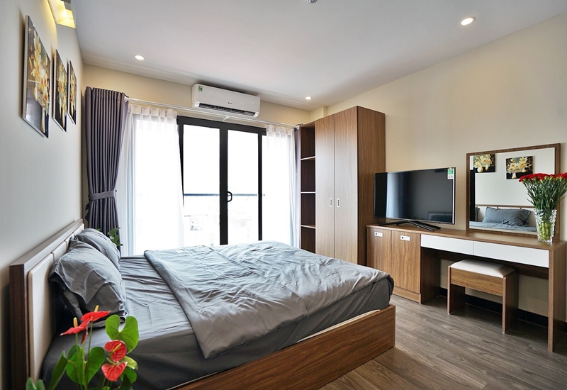 Nice studio for rent with 01 bedroom in Nhat Chieu,Tay Ho
