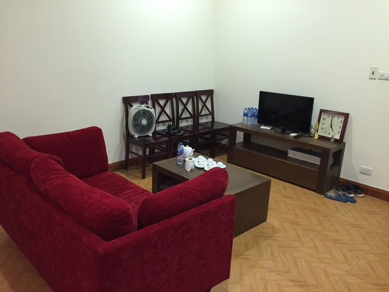 Cheap studio for rent with 01 bedroom in Hoang Hoa Tham, Ba Dinh