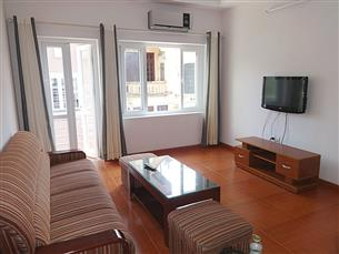 Bright apartment for rent with 02 bedroom & 02 bathrooms in Ba Dinh