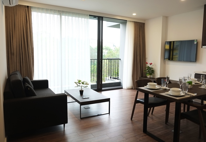 Balcony 01 bedroom apartment for rent in To Ngoc Van, Tay Ho