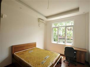 House for rent with 06 bedrooms in Nghi Tam village, Tay Ho