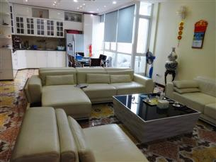 Duplex, Luxurious serviced apartment for rent with 04 bedrooms, 04 bathrooms in  Ba Dinh