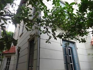 Nice house with 5 bedrooms for rent in Tay Ho