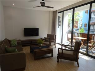 Nice serviced apartment for rent with 03 bedrooms in Xuan Dieu, Tay ho
