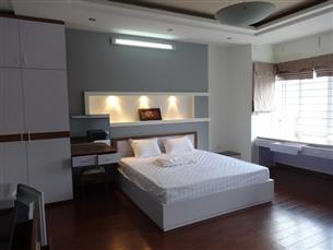 Nice studio apartment for rent with 01 bedroom in Lang Ha, Ba Dinh