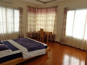 Lake view, 02 bedroom serviced apartment for rent in Truc Bach, Ba Dinh