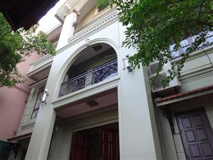 Villa with 05 bedrooms for rent in Xom Chua, Tay Ho