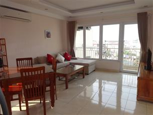 Bright apartment for rent with 01 bedroom in Truc Bach, Ba Dinh