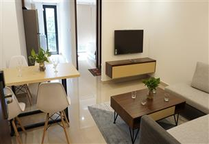 Balcony 01 bedroom apartment for rent in Truc Bach, Ba Dinh