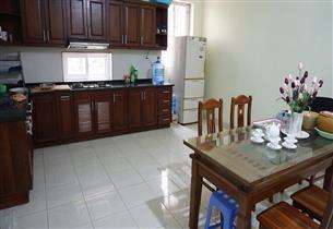 Balcony house for rent with 06 bedrooms in Au Co, Tay Ho